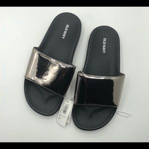 Old Navy Faux Leather pool slides